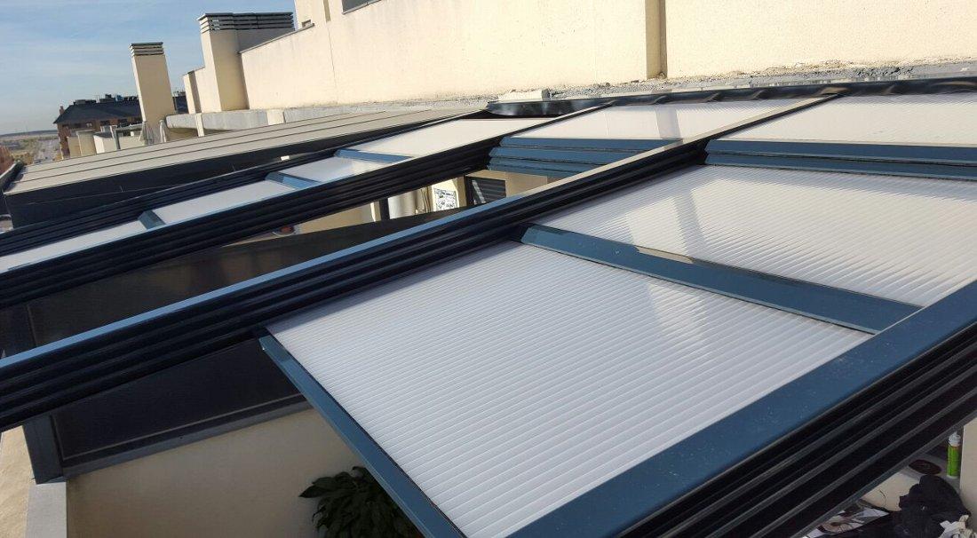 Techos de policarbonato en madrid a los mejores precios for Techos de policarbonato para balcones