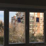 Ventanas de PVC en Madrid. Fijos en los laterales y en el centro abatibles.